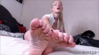 Film porno gratuiti - Misha Mystique Foot Fetish Joi Cum For My Wrinkled Soles - Feet Joi Foot Domination Femdom