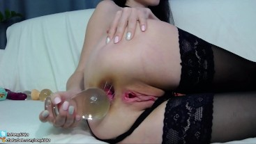 Teen destroys her asshole big glass plug and does gape