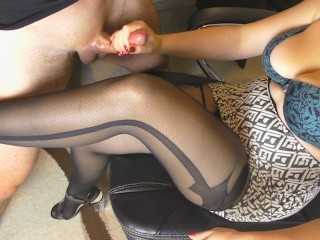 StepSister with Big Tits hadnjob on her Legs in Paose