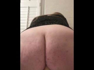Big ass chick riding huge dildo in bathroom