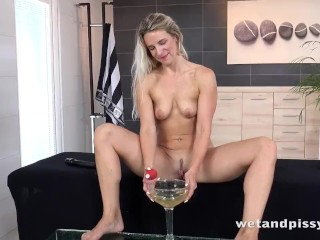 Blonde Toying Her Pee Soaked Pussy Bianca Ferrero