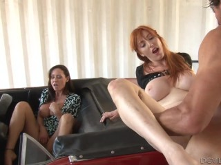 OutOfTheFamily My Stepmom Likes to Watch Christina Carter, Lauren Phillips, Tommy Gunn