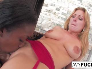 Sexy Avy Loves Aryana Starr main image