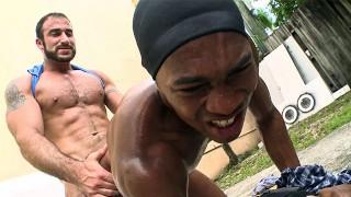 THUG HUNTER - Black Thug Sean Xavier Lawrence vs. White Bear Spencer Reed