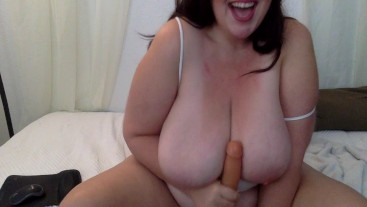 Huge Natural Tits BBW Blowjob Tit Fuck Gold Show