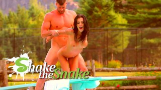 SHAKE THE SNAKE – How Knew That The Diving Board Is A Good Place To Fuck ?