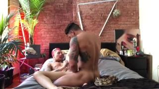 Full length fuck video Danny Gunn Fulltimepapi justfor.fans/dannygunnxxx