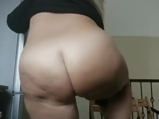 Weekend with mommy. Naked massive ass and big boobs