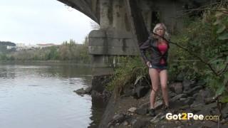Blonde Pissing Under The Bridge