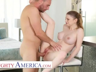 Naughty America -Bunny Colby knows how to sell a house by fucking