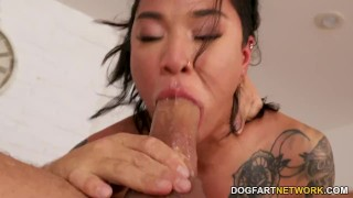 Honey Gold Gets Creampied After A Rough Fucking