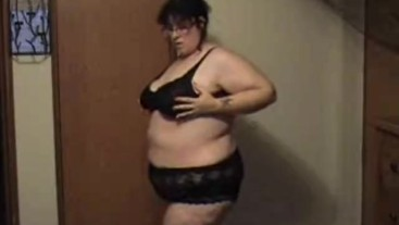 BBW strips slowly and shows her nude body part 1 - Not HD