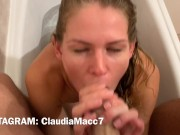 Blowjob in the bath