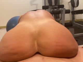 Fit young MILF ended up getting a rough anal fuck in the gym
