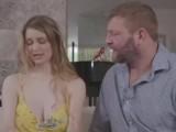 Bi couple share bi male huge cock