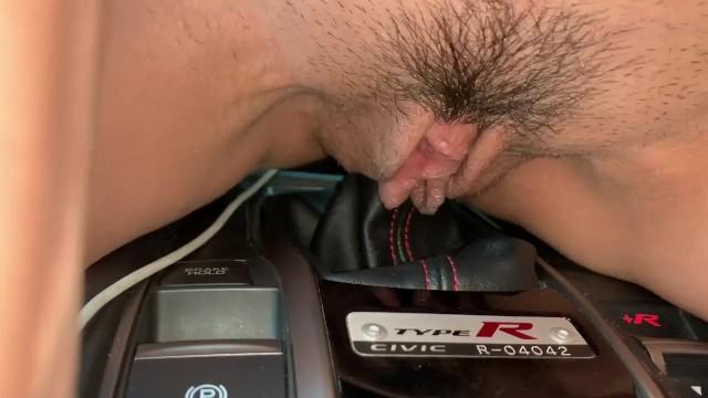 Woman fucks shift knob