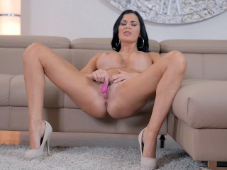 Watch busty babe Jasmine Jae rub her clit and fill her pussy with sex toy