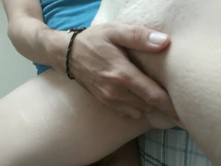 Morning Sex Button taking what she wants