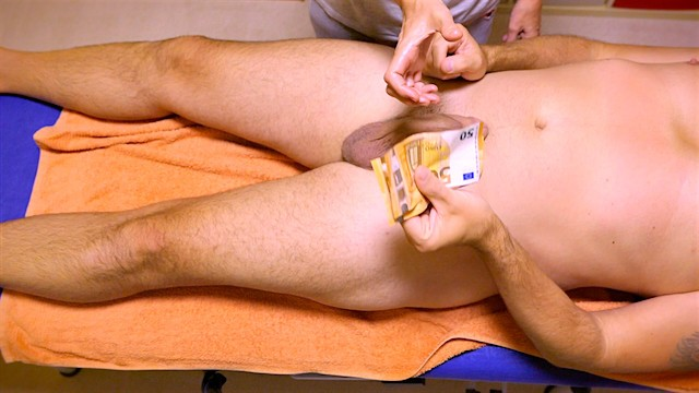 Paid for handjob I paid for a handjob in a german massage room