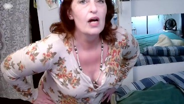 V 325 roleplay married middle aged mother of 4 tries to do porn