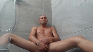 Hot Italian Guy....Jackoff in the shower