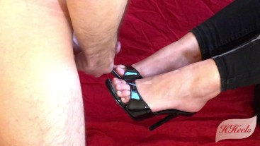 Do you like my new sexy mules ?