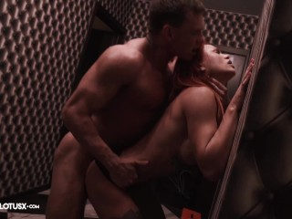 Tattooed Girl Suck Cock Muscle Deliveryman and Hard Fuck in Lingerie