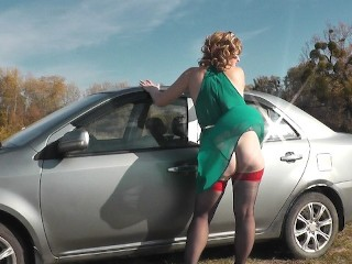 Sexy car wash Woman Milf Under Dress Without Panties Outside Washes Car