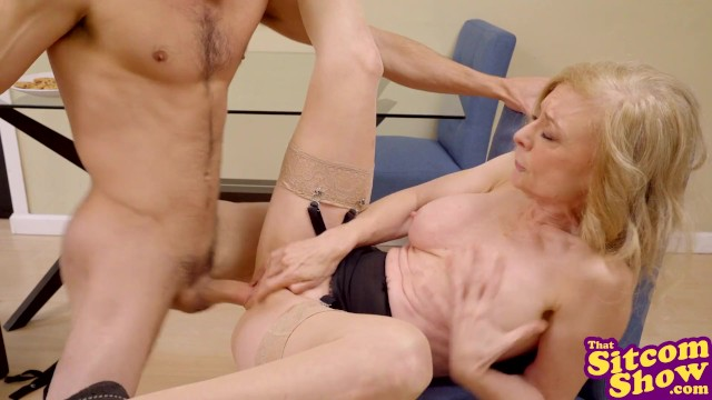 Mature vpussy That 70s ho - cumming on mrs. kittys cookies s3:e1