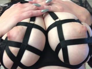 Big Titty Goth Girl JOI
