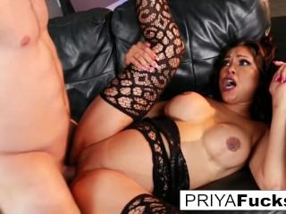 Indian MILF Priya makes her cumback with her st oeen dick in years Priya Rai