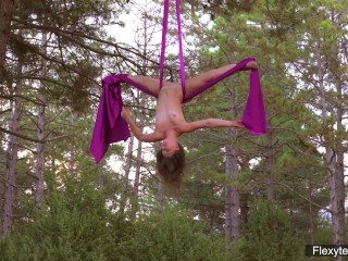 Hot flexy gymnast teen kim nadara...