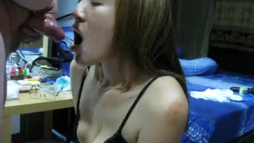 Women's mouth usable as a piss bowl