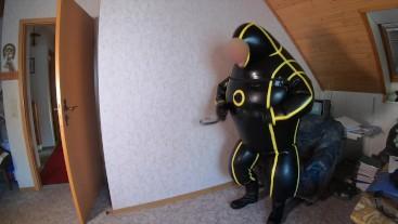 Feel like Binpendum in an inflatable suit like an crashtestdummy