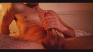 Teen Jerking Off and Moaning with some Dirty Talk - Manllulu