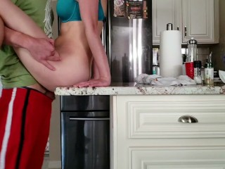 Girlfriend teases me so I fucked her on the kitchen counter