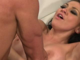 Gorgeous Big Tit Model Fuck Her Manager Huge Cock