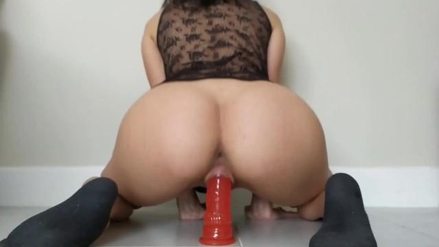 Dildo while blowjob free porn galery