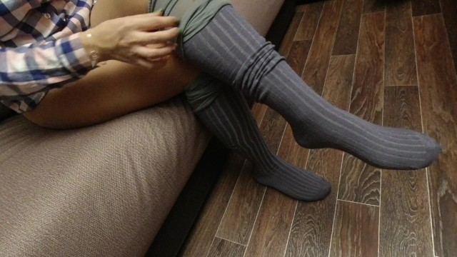 Socks cute teen - Sexy girl in pantyhose dresses and show gray knee socks foot fetish