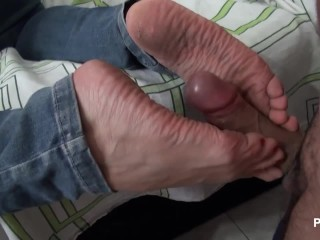 I love to fuck Andreas dirty soles