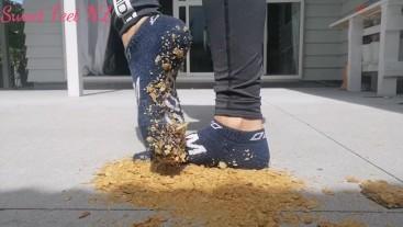 Food Crush with Feet