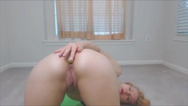 Ass Worship: Yoga Booty and Butt Plug