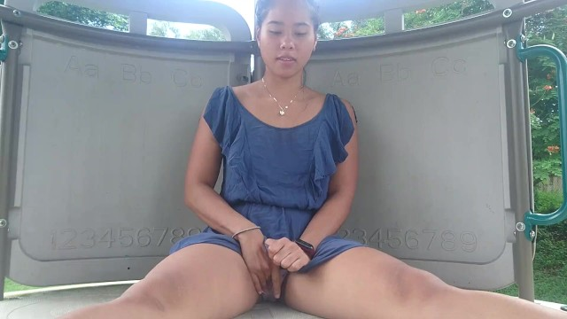 Hot PUBLIC Masturbation in Park (Almost got Caught)