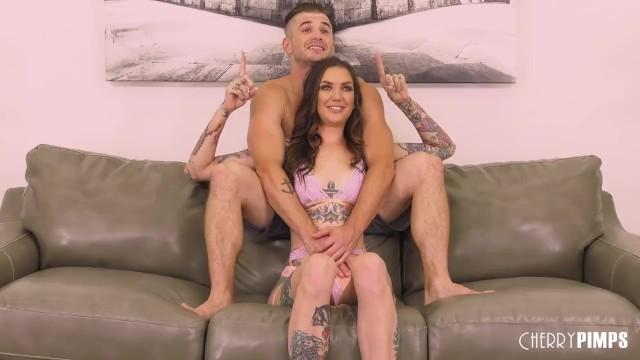 Live hardcore worlwide Tattooed brunette babe sloppy sucking before live hardcore sex