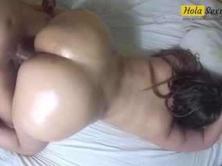 Big ass oiled and fucked doggy e