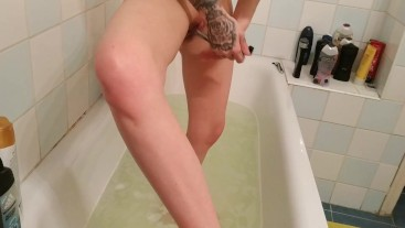 Bathing & pussy and leg shaving for Dad before fucking pt1 FULL