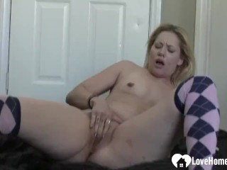 Amazing blonde chick loves to masturbate passionately