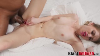 Young babe Molly tricked to fuck BBC before creampie