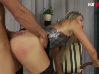 HotBabesPlus – Young MOM Goes Wild In Her Night OFF