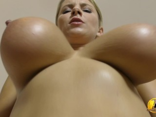 girls on sybian tits bouncing